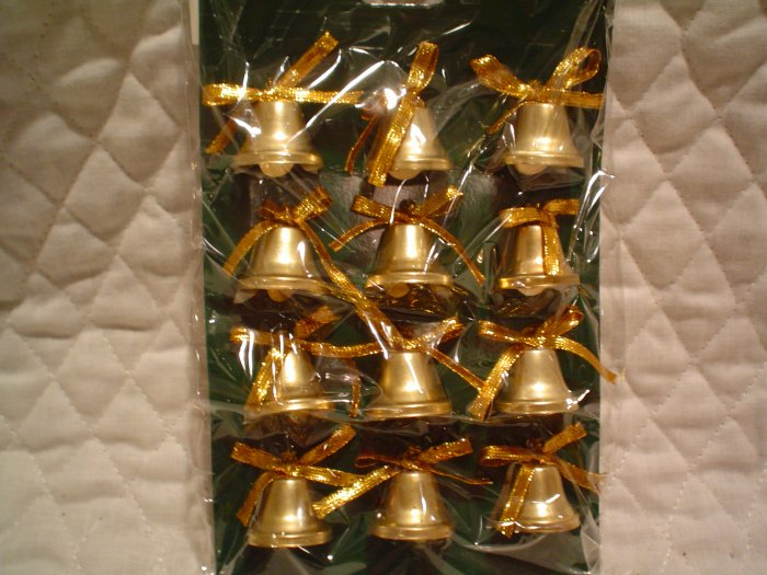 27 Christmas or Patriotic Holiday Decorating Bells