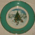 "1978 Avon Christmas plate ""Trimming the Tree"