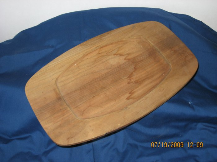 Wood bread serving tray