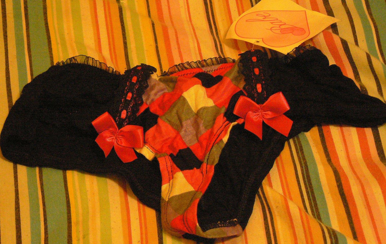 100% babe Multicolored cute bow panties size medium