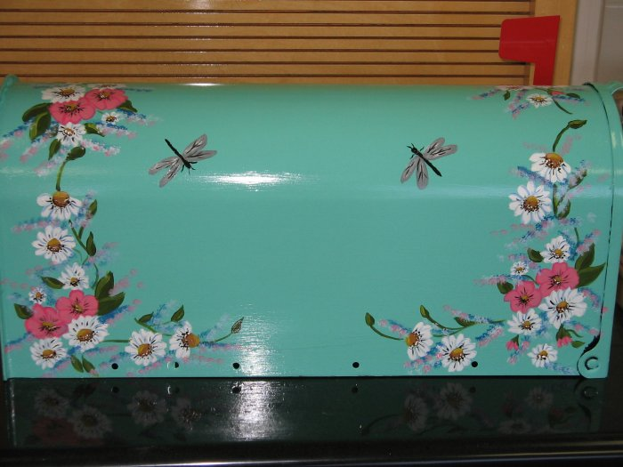 Handpainted Mailbox Hand Painted Mailboxes Daisy Floral Design