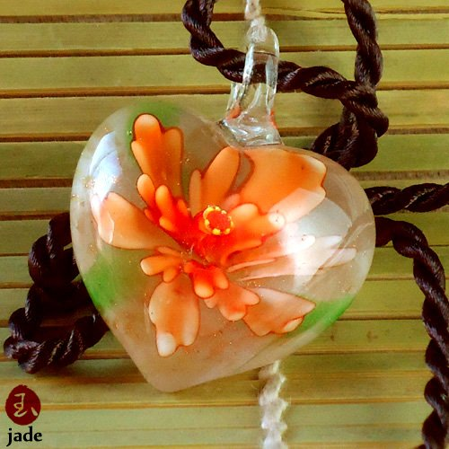 Flower murano glass heart pendant necklace
