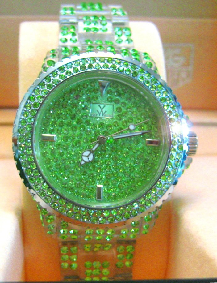Ladies' Fantastic shiny stone watch- GREEN