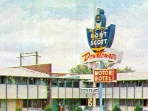 Downtowner Motor Hotel Fort Scott Kansas Postcard