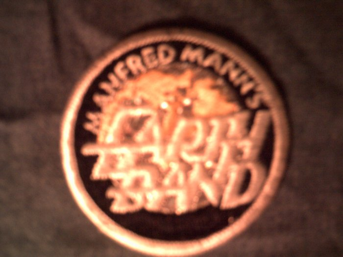 MANFRED MANN'S EARTH BAND iron-on PATCH prism round logo VINTAGE 70s SALE