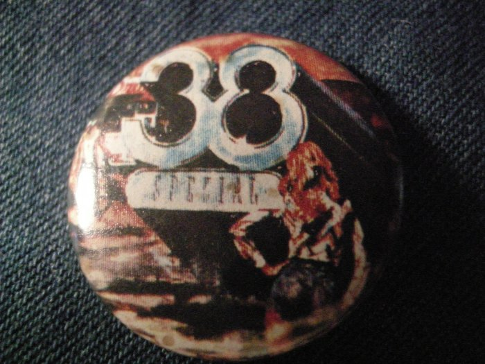 38 SPECIAL PINBACK BUTTON Special Forces VINTAGE