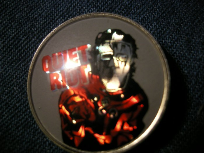 QUIET RIOT PINBACK BUTTON prism Metal Health VINTAGE