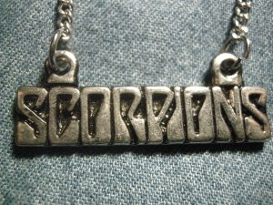 SCORPIONS METAL NECKLACE classic logo VINTAGE