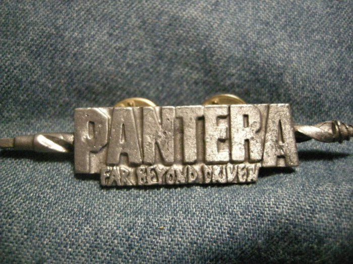 PANTERA METAL PIN Far Beyond Driven drill badge VINTAGE