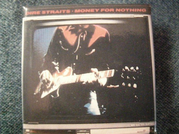 DIRE STRAITS PINBACK BUTTON mark knopfler guitar VINTAGE