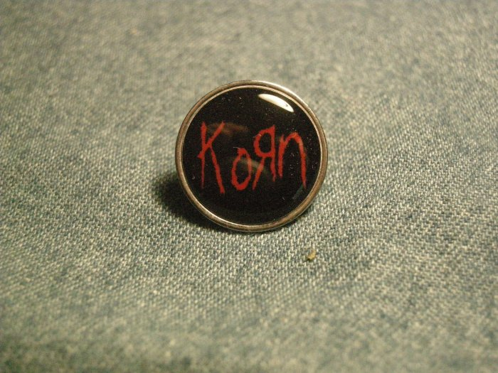 KORN TACK PIN red logo button VINTAGE 90s!