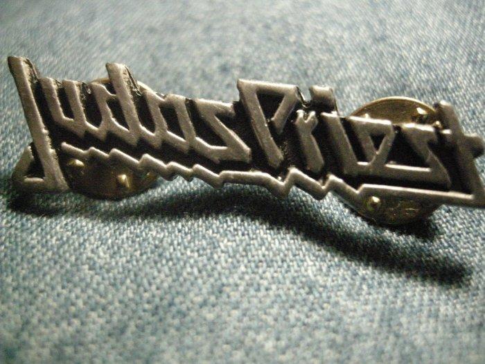 JUDAS PRIEST METAL PIN classic logo badge VINTAGE