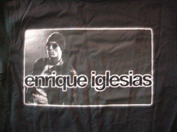 ENRIQUE IGLESIAS SHIRT 2002 Tour Don't Turn Off the Light latin M
