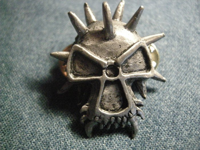 CORROSION OF CONFORMITY METAL PIN spiked skull logo coc punk badge VINTAGE