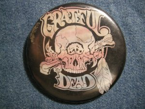 GRATEFUL DEAD PINBACK BUTTON cyclops skull VINTAGE