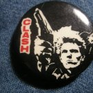THE CLASH PINBACK BUTTON gun logo punk VINTAGE