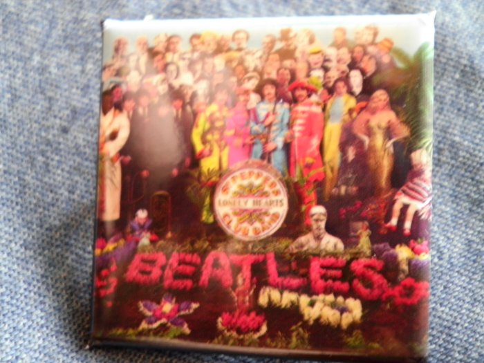 THE BEATLES PINBACK BUTTON Sgt Pepper's Lonely Hearts Club Band album square NEW