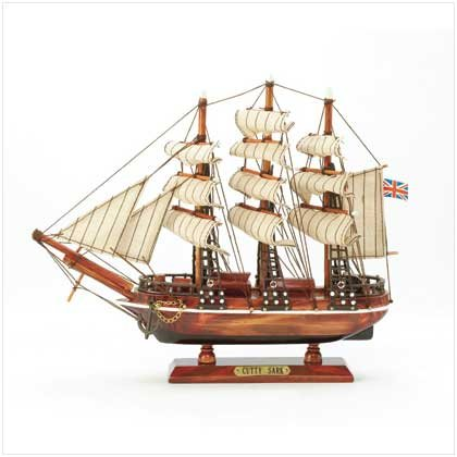 37481 'Cutty Sark' Wood Clipper Ship Model