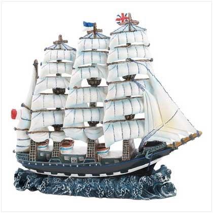 39710 Ocean Clipper Ship Figure