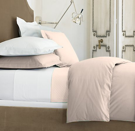 100 % Egyptian Cotton Color  Taupe 1500 TC Queen Size Solid Sheet Set.