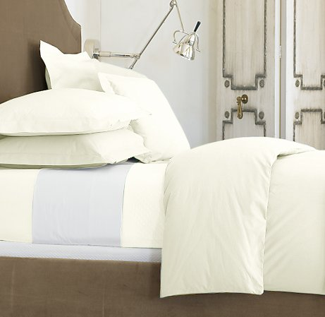100 % Egyptian Cotton Color  Cameo 1500 TC Queen Size Solid Sheet Set.