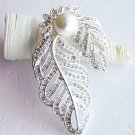 1 pc Flower Rhinestone Crystal  Diamante Pearl Silver Brooch Pin Jewelry Cake Decoration BR009