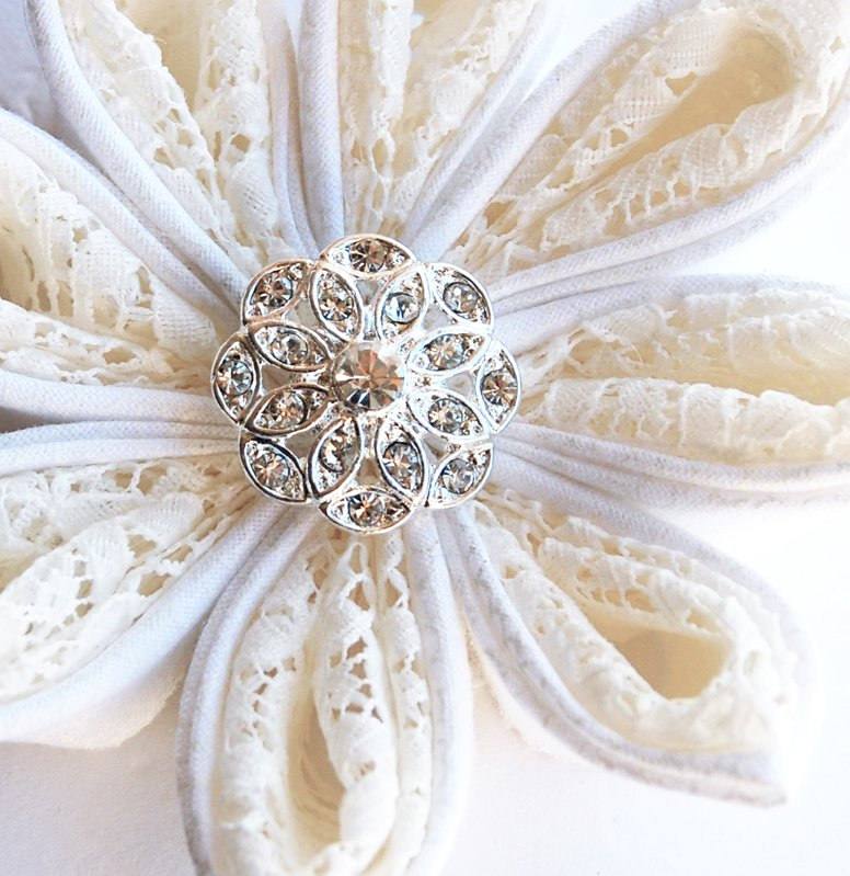 50 Round Diamante 20mm Rhinestone Crystal Button Hair Clip Wedding Invitation BT010