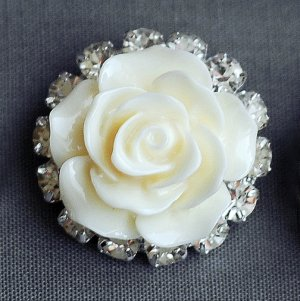 10 Rhinestone Buttons Crystal Ivory Resin Rose Flower Hair Comb Clip Wedding Invitation BT135