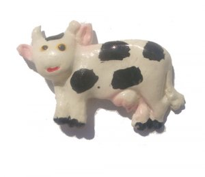 Cow---ALL MAGNET ORDERS HAVE A 25 PIECE MINIMUM (ASSORTED OR SAME)