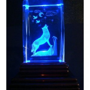 """Howling Wolf Laser Etched 3D Crystals. Size: 2""""x2""""x3"""""""