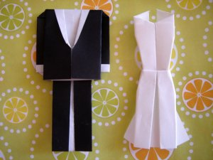 2 X Set Of Origami Bride And Groom Outfit