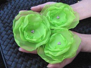 3 X BEAUTIFUL HANDMADE BLOSSOMS - Lime green