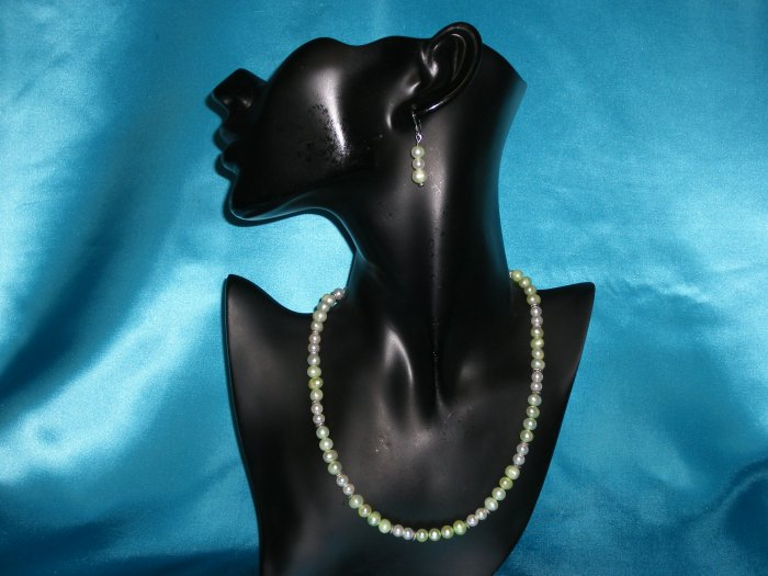 Green & White Pearl Necklace & Earring Set