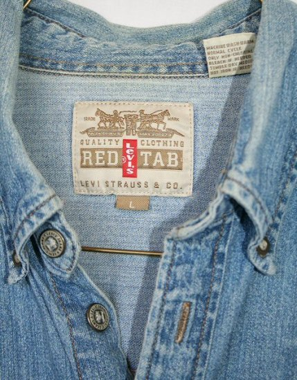 LEVIS RED TAB Classic Button Down Long Sleeve Denim Shirt Men's Size Large (L)