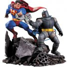 Batman The Dark Knight Returns Statue Superman vs. Batman 28 cm (NEW)