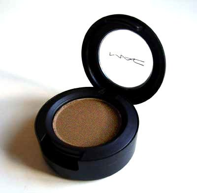 MAC Eyeshadow in Woodwinked