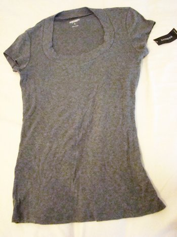 Express Sexy Basics Round Collar Tee in Grey (Size M)