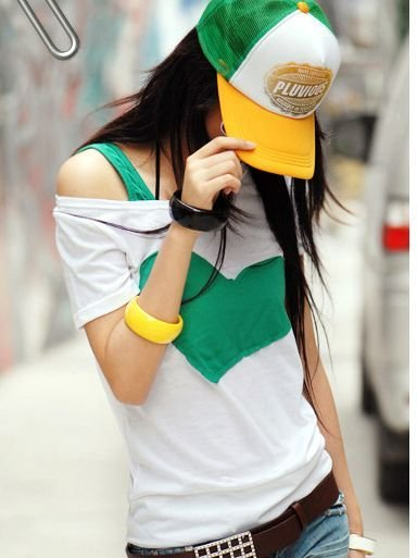 One-Shoulder Green Heart Tee (Size Freesize)