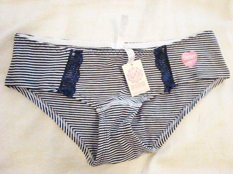 Victoria's Secret Underwear 0041 (Size: XS)