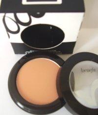 Benefit Silky Powder Eyeshadow in Shallow