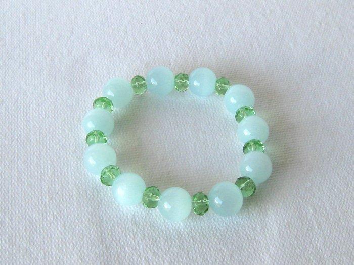 B00026  Handmade strecth beaded bracelet with elastic cord, w/ synthetic cats eye & crystal beads