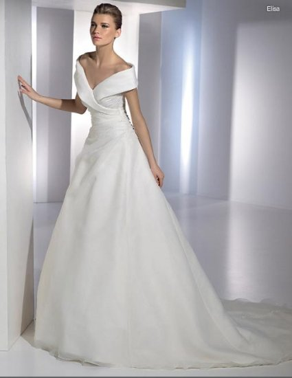 New Style Custom-made Wedding Dress Bridal Wear Gown DS004