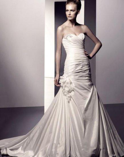 2010 White Wedding Dress Bridal Gown DS046