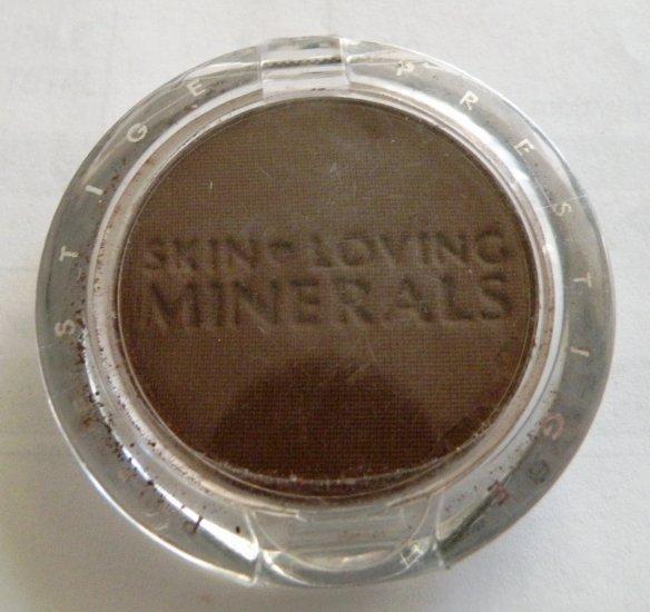 Prestige Skin Loving Minerals Eyeshadow in Earth