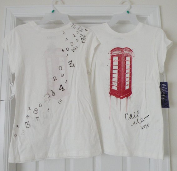 Red London Phone Booth / White T-Shirt, X-Large, new w/ tags