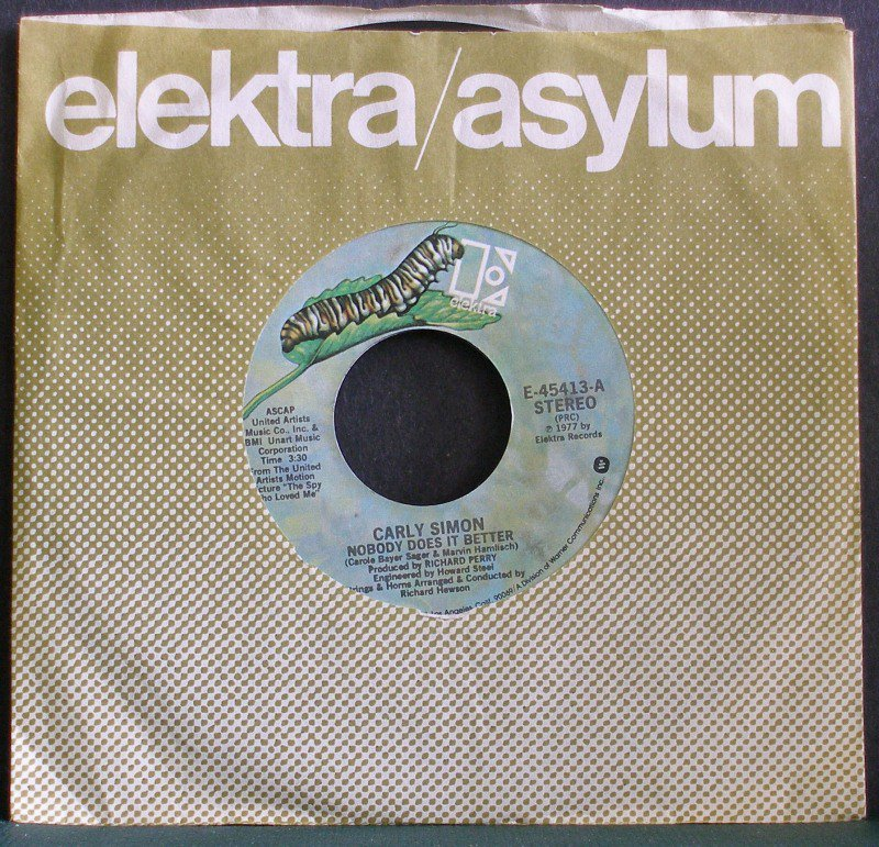 CARLY SIMON~Nobody Does it Better / After the Storm~ Elektra E-45413 1977, 45