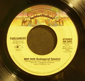 PARLIAMENT~Bop Gun (Endangered Species)~ Casablanca NB 900 1977, 45