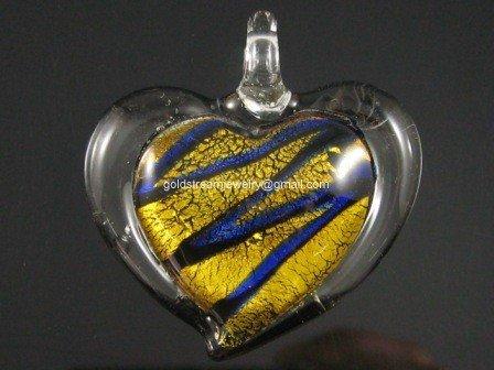 GP1019 LAMPWORK GLASS SILVER FOIL GOLDEN HEART PENDANT 300 PCS