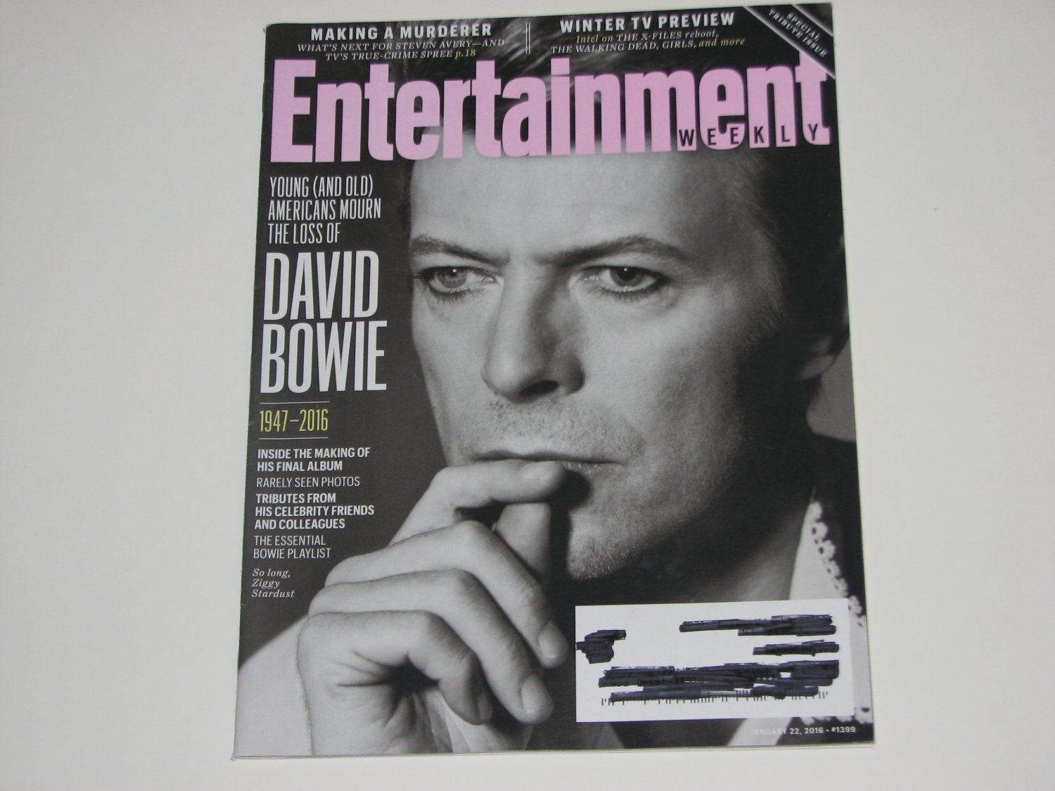 Entertainment Weekly Magazine David Bowie Tribute Issue 2016