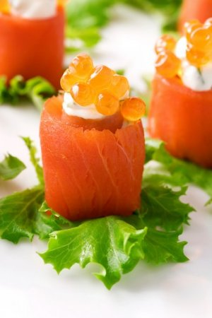 Red Caviar Online :: Salted Salmon Caviar - 16oz